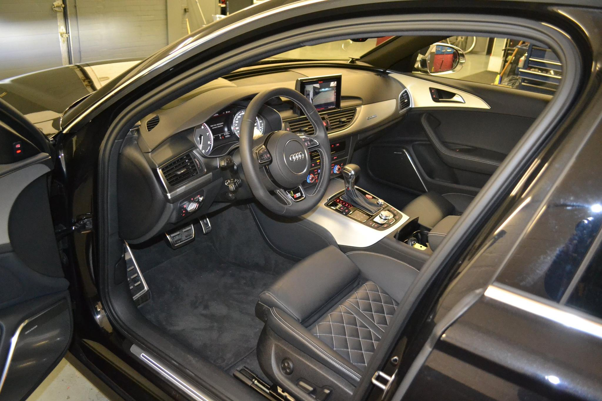 Alarm inbouw BMW 730D Automat Meppel(2)